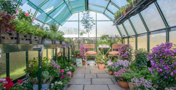 Benefits of Metal Greenhouses
